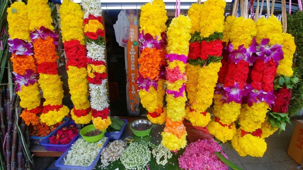 indische Blumenkränze Singapur