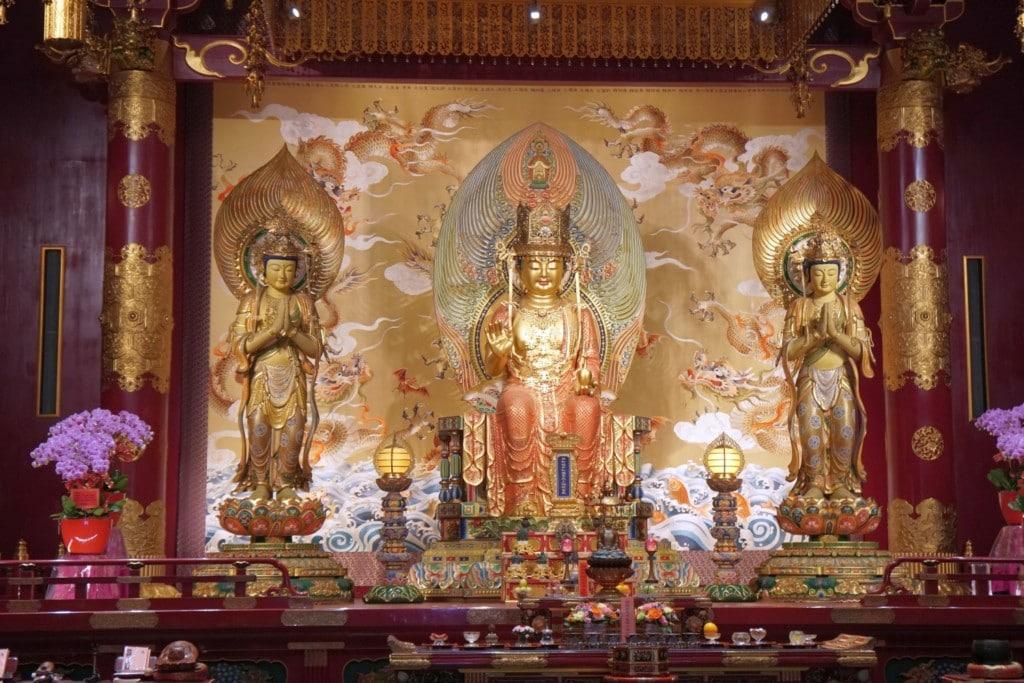 Buddha Tooth Relic Innen