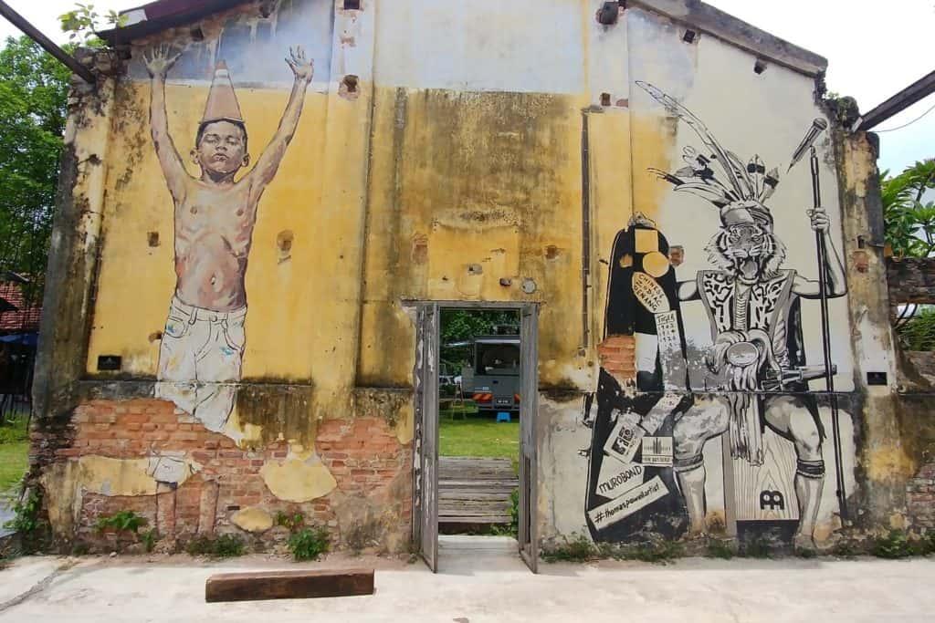 Street Art Hin Bus Depot