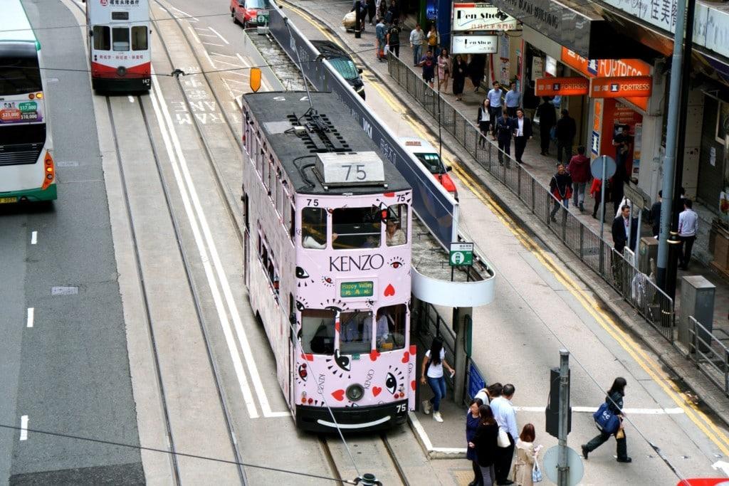 Tram öffentliche Verkehrsmittel