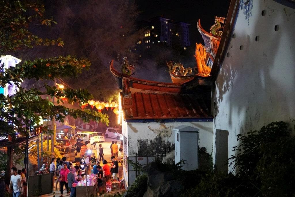 Thai Pak Koong Temple