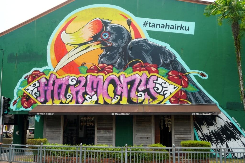 Kuching Streetart Nashhornvogel