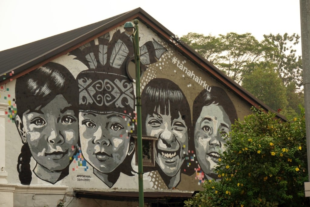 Street Art Kuching vier Kinder