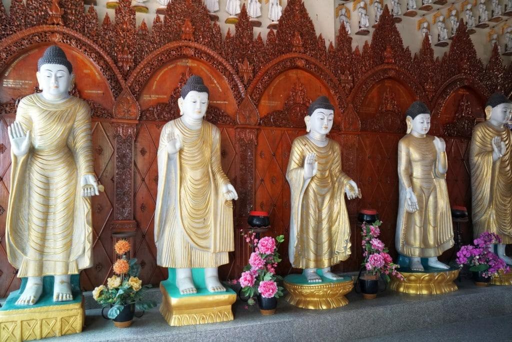 International Standing Buddhas