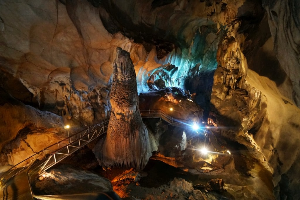 Tempurung Höhle Größe