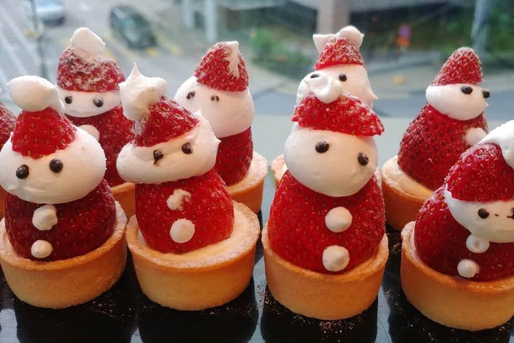 Erdbeer Weihnachtsmänner