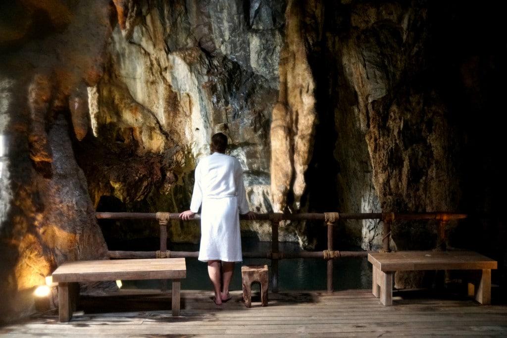 Die Steam Cave