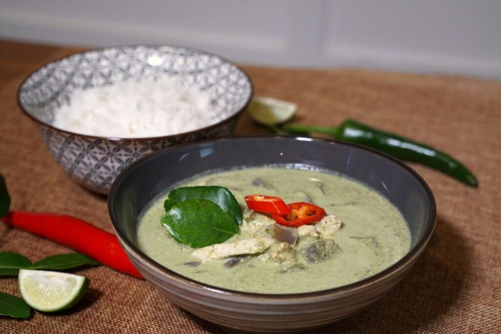 Grünes Curry Serviervorschlag