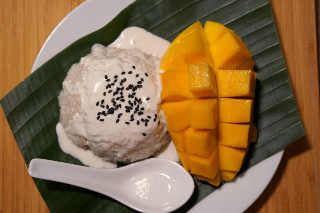 Serviervorschlag Mango mit Klebreis
